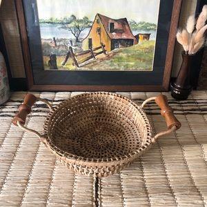 Cottagecore round basket with wood handles